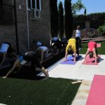 foto-clase-yoga-torrelodones-en-instituto-couching